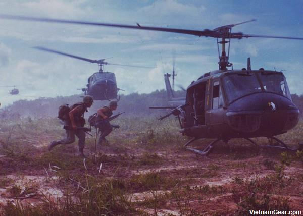 UH-1D helicopters airlift members of the 2nd Battalion, 14th Infantry Regt. from the Fihol Rubber Plantation during Operation Wahiawa.